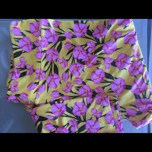 LuLaRoe Pants - Lularoe TC2 leggings New